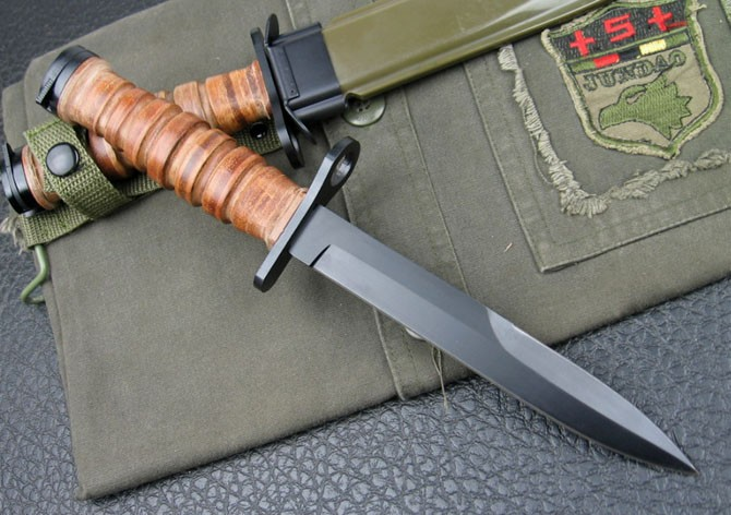 US M3 BAYONET AND SCABBARD Military Knife